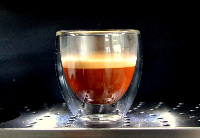 Geheimwaffe Espresso mit Zitrone