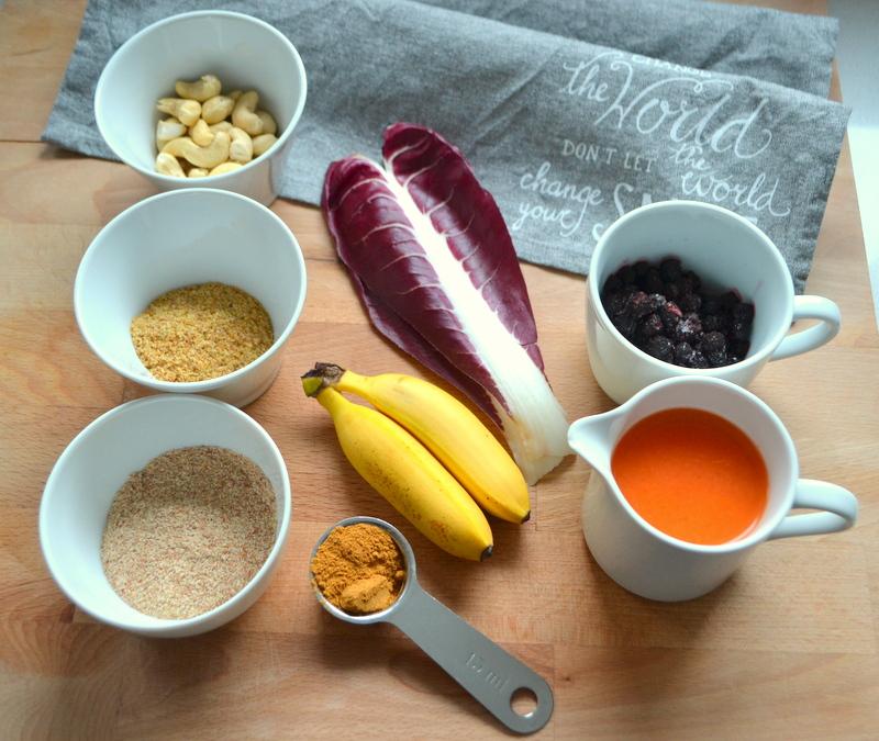 Heidelbeer-Bowl mit Cashew-Nüssen 1
