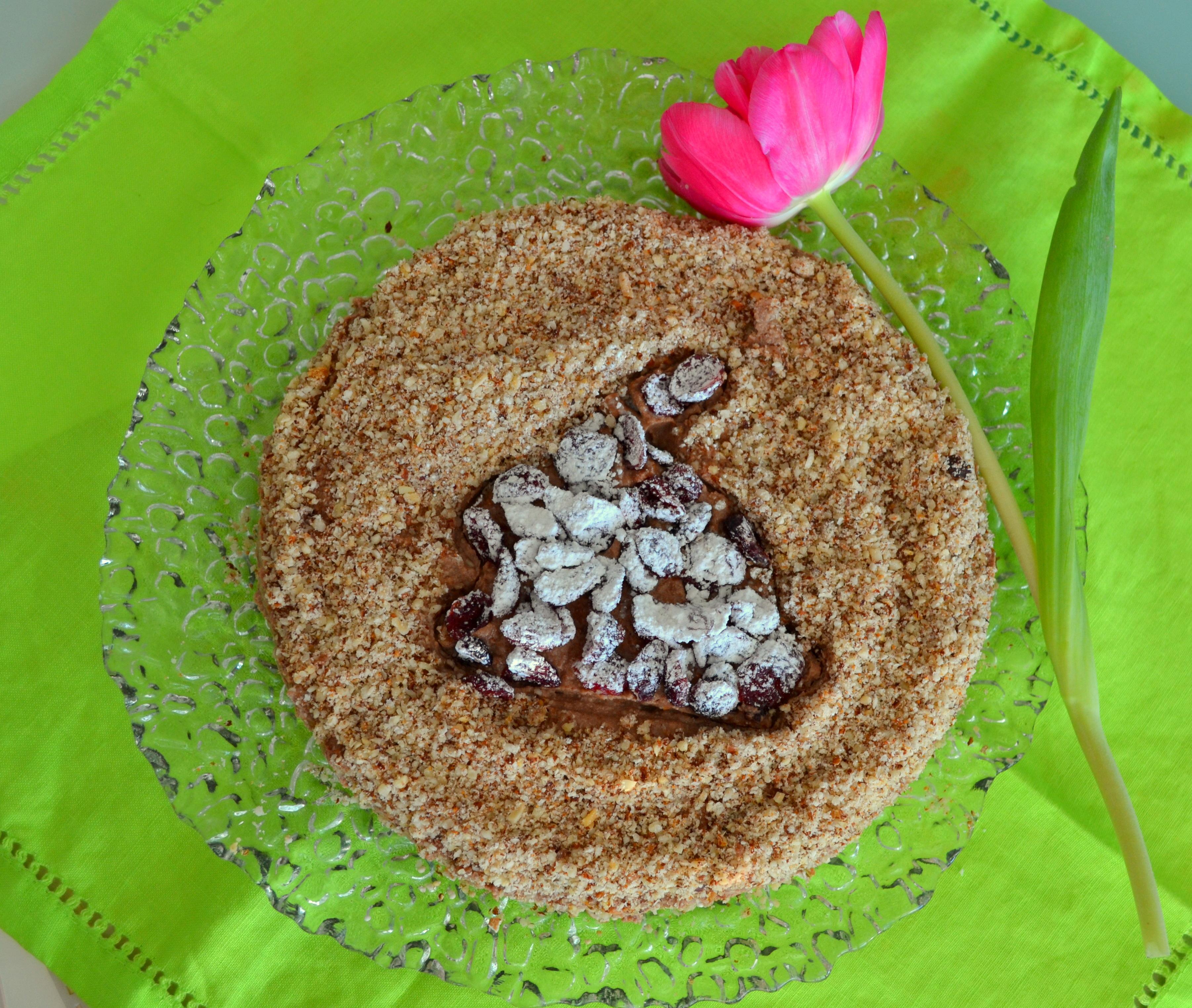Mousse au chocolat Torte mit Haselnüssen