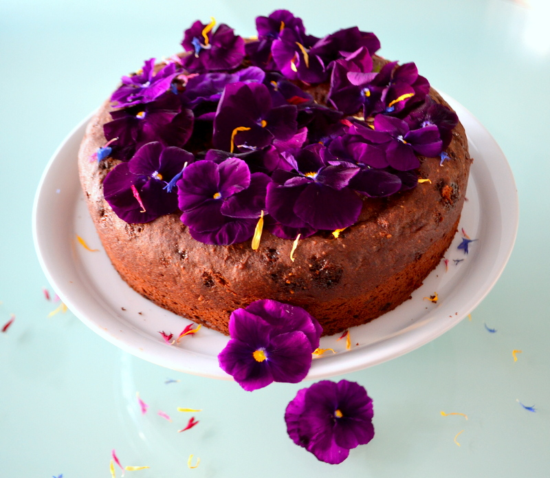 Orangen-Schokoladen-Kuchen mit Blüten2